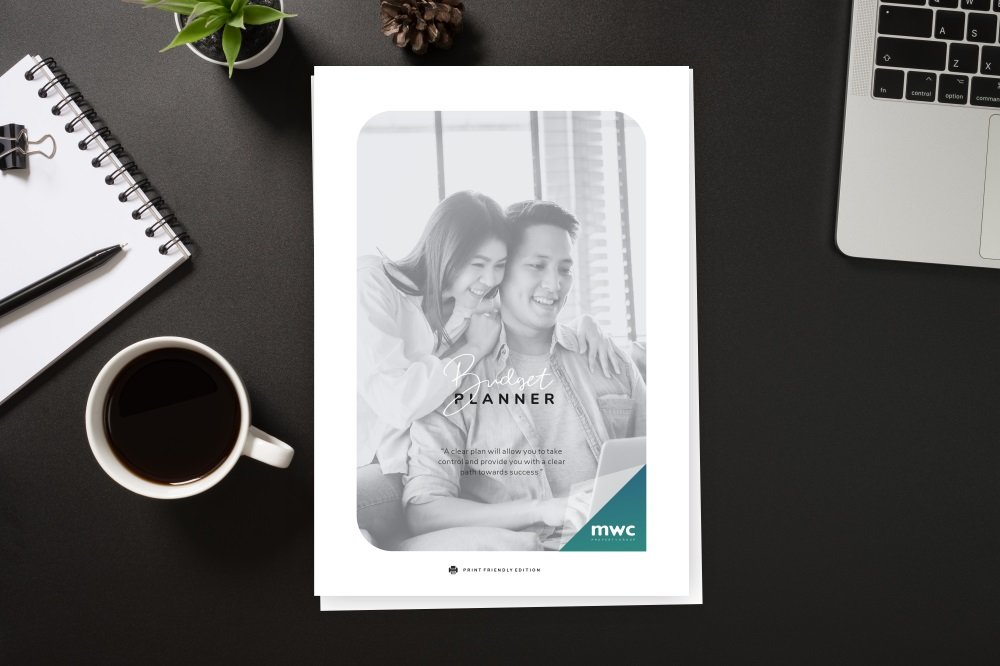FREE Budget Planner Kit • Save money with our free budgeting tool
